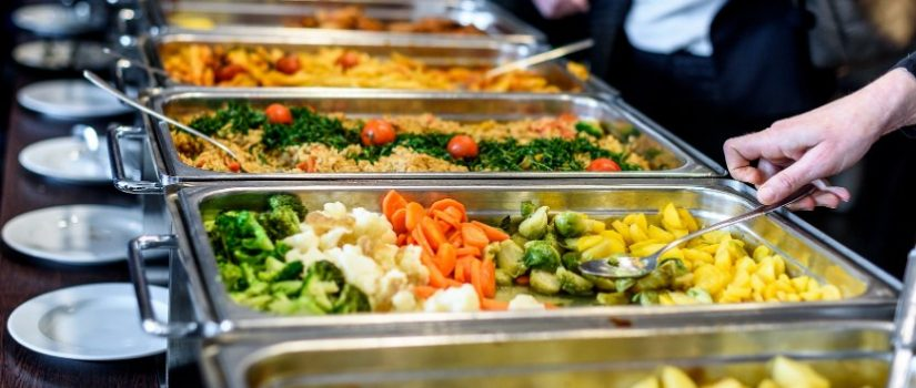 5 Benefits of hiring catering for your birthday party