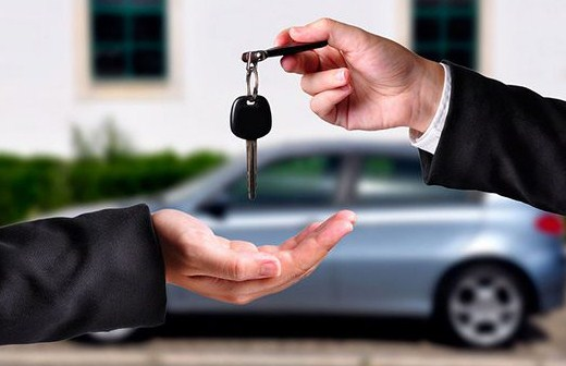 Do travel insurance plans cover local cheap car rentals?